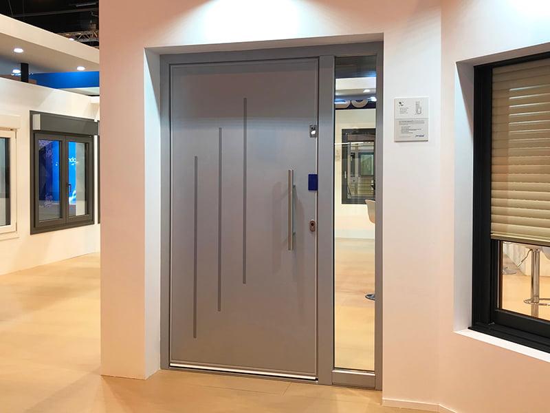 , Ventanas de PVC imitación aluminio. Acabados metálicos de alta eficiencia